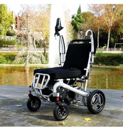 Silla de ruedas con plegado automático